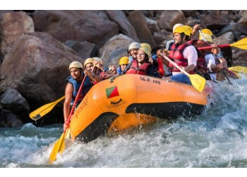 water rafting at Rishikesh